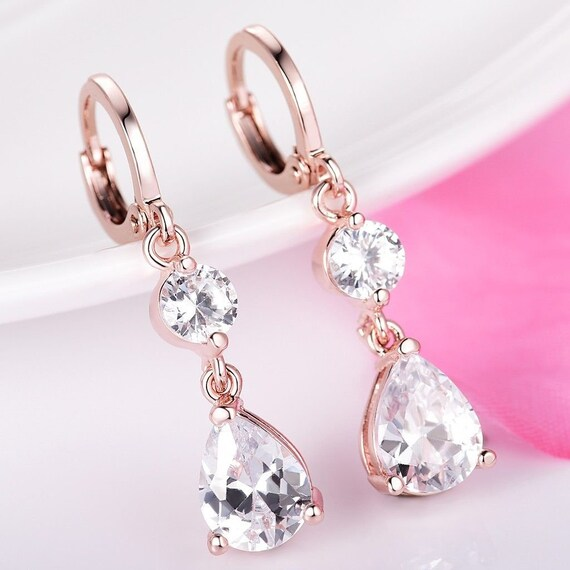 Lovely 18 ct rosegold filled clear crystal drop earrings