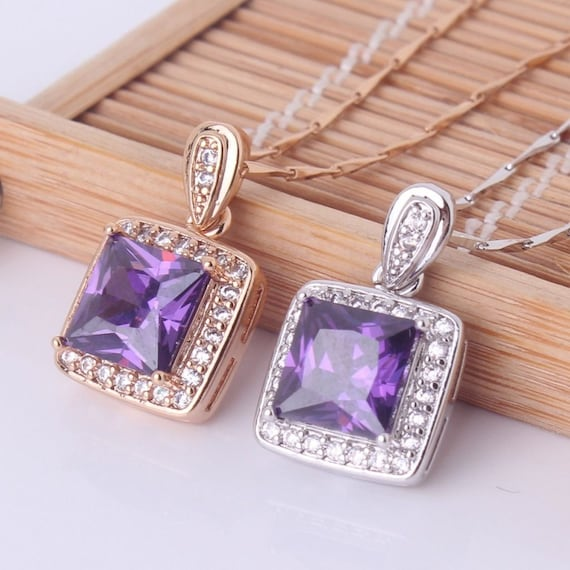 Lovely 18ct rose gold plated amethyst crystal pendant necklace
