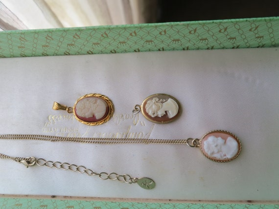 3 Beautiful vintage gold metal carved resin cameo pendants and necklace