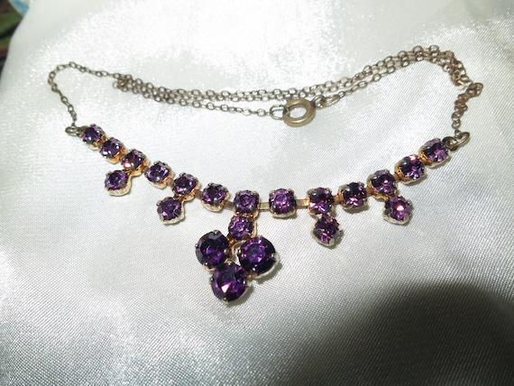 Lovely vintage amethyst purple rhinestone necklace