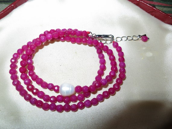 Attractive 4 mm natural rose ruby and genuine pearl necklace 18 - 20 inches