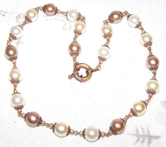 """Vintage goldtone faux cream and gold pearl necklace 21"""""""