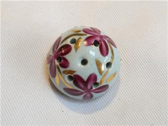 Lovely vintage  Round Domed Ceramic Pot Floral perfume scent brooch