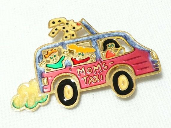 "Fabulous Large Goldtone Mixed Enamel ""Mums Taxi"" Vehicle  Kids Dog  brooch"