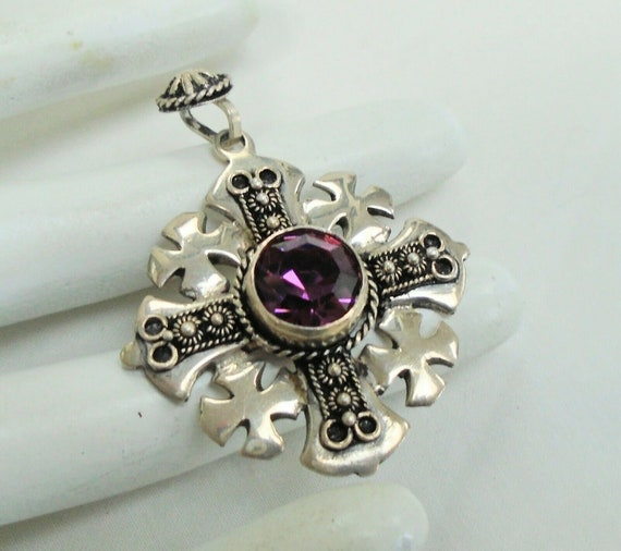 Fine quality Celtic vintage sterling silver  amethyst glass cross pendant