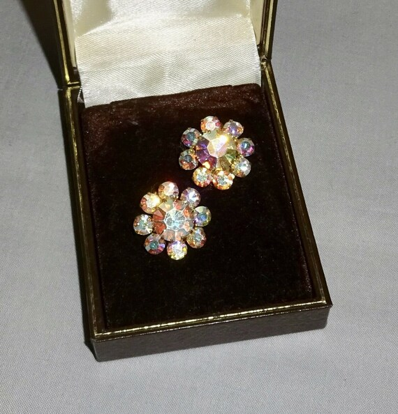 Beautiful  vintage signed Austria faceted aurora borealis crystal clip on earrings