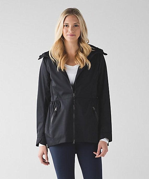 BNWT Lululemon Rain for Daze ii Black jacket US size 4