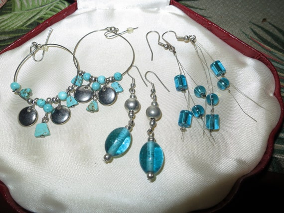3 lovely pairs of vintage silvertone dangle earrings blue glass stones