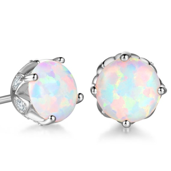 Beautiful 18 ct white gold filled 6.5 mm white fire opal stud earrings