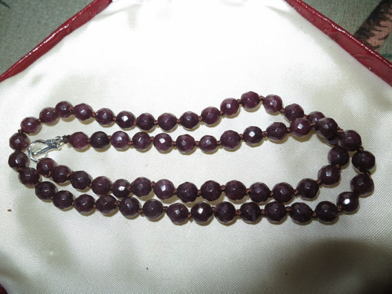 Lovely 6mm faceted natural garnet knotted necklace sterling silver clasp