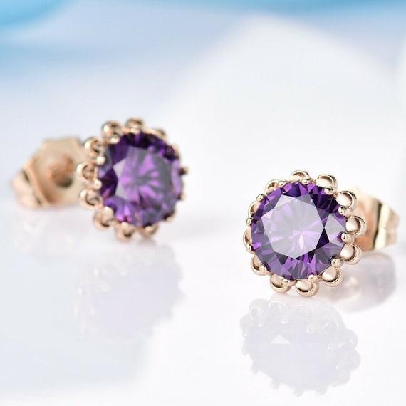 Beautiful 18ct  gold filled  8mm amethyst purple crystal stud earrings