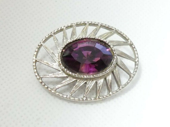 Pretty vintage Silvertone & Faceted Deep Purple Glass Abstract  brooch