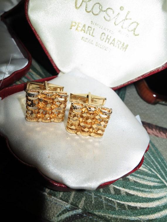 Lovely quality Vintage goldtone cufflinks