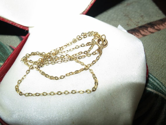 Beautiful  vintage goldtone chain for necklace 40 cms