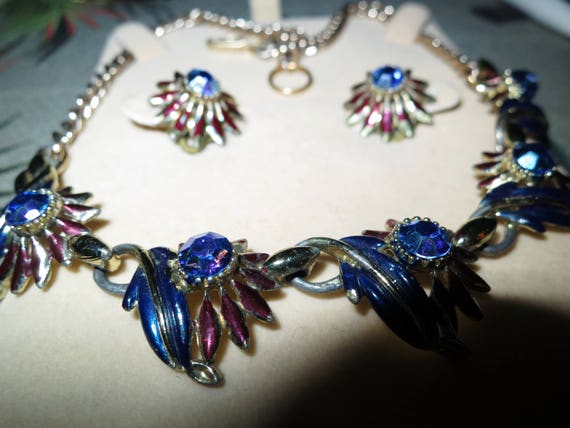Lovely vintage set of AB rhinestone enamel necklace and clip on earrings