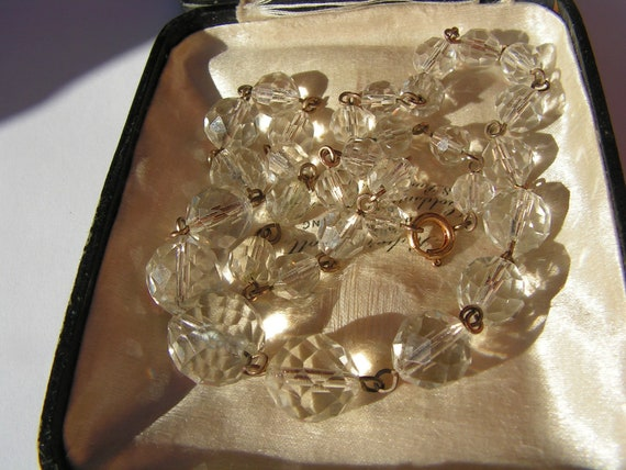 Lovely vintage 1940s highly faceted hand wired rolled gold glass bead necklace