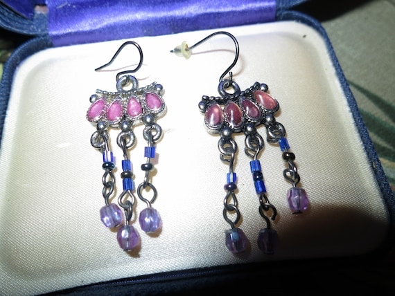 Wonderful vintage silvertone pink blue lilac beaded  dropper earrings