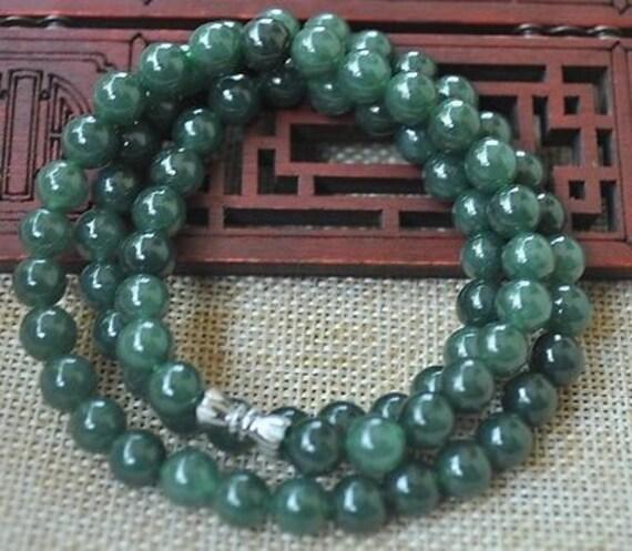 """Lovely 7.5mm polished Jadeite Jade stone necklace  18"""""""
