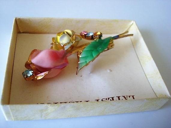 Vintage boxed golden  Flowers Pin Brooch Multi Color Rhinestones