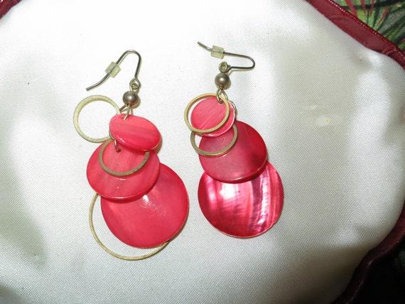 Fabulous pair of vintage dyed red mother of pearl dangle earrings
