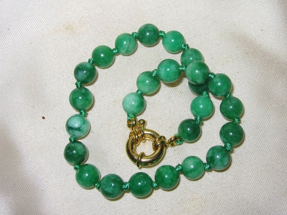Lovely new genuine round 6.6mm green knotted  jade bracelet 8""