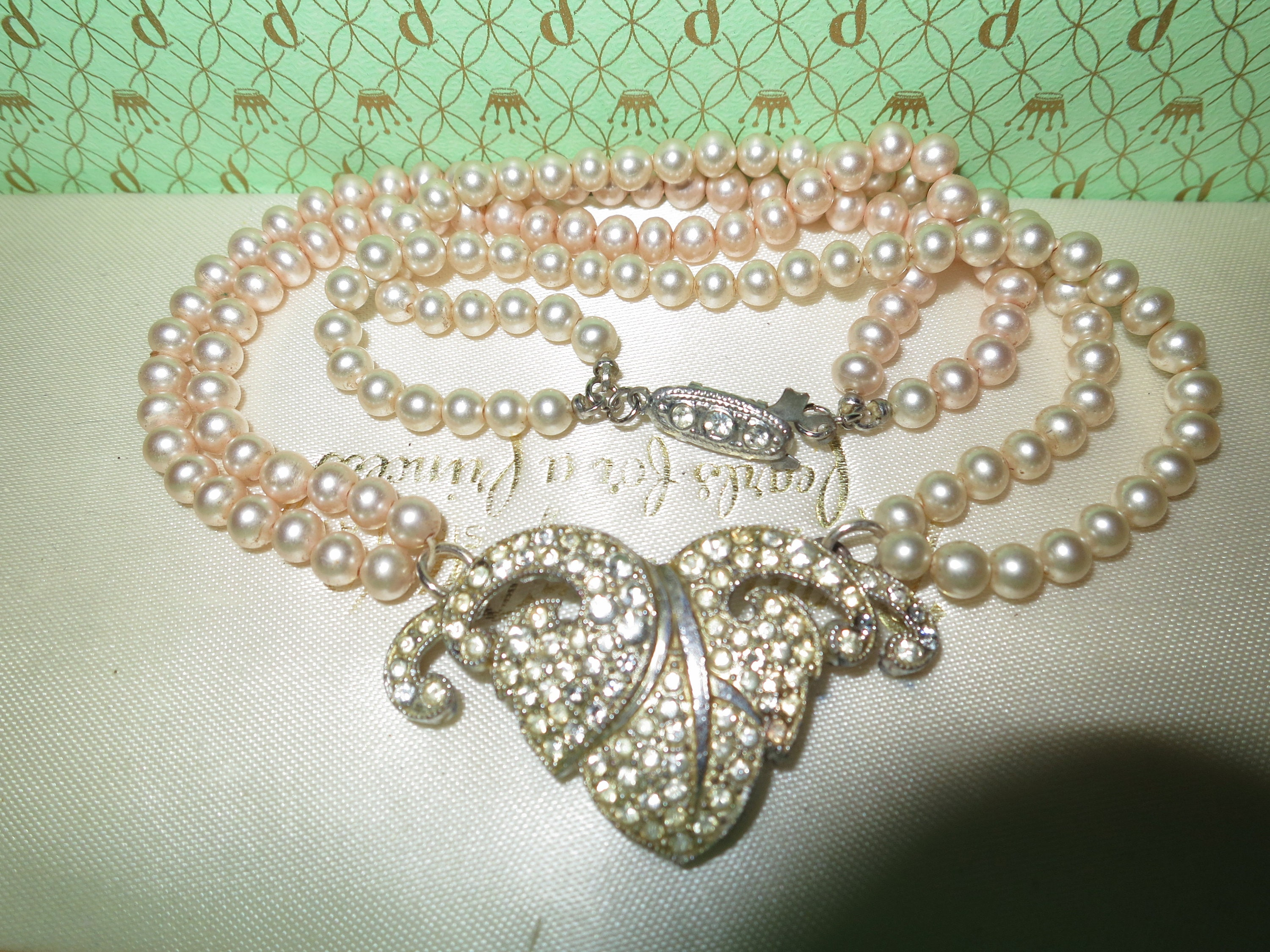 973a612975d3a Vintage Art Deco 2 strand glass pearl and diamante necklace