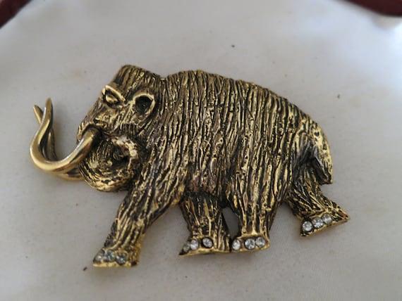 Fabulous vintage goldtone large Mammoth elephant brooch