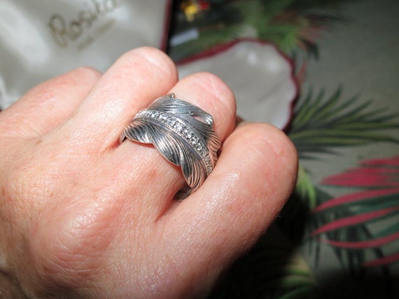 Beautiful vintage sterling silver palm leaf frond ring with zirconia stones