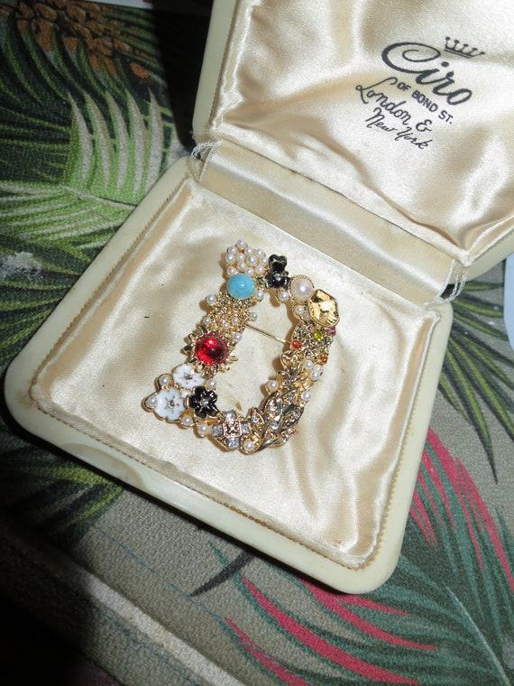 Beautiful goldtone fx pearl beaded initial   D   brooch