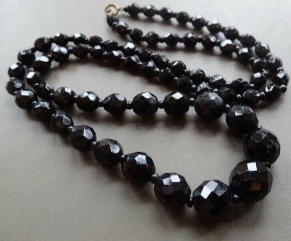 """Lovely Vintage faceted French Jet black glass necklace 24"""""""