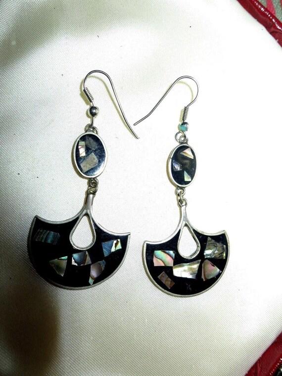 Beautiful vintage signed sterling silver onyx paua shell drop earrings