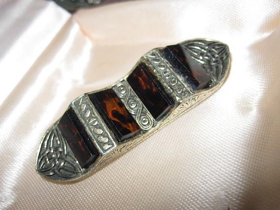 Lovely Vintage Scottish Celtic Miracle tortoiseshell glass brooch