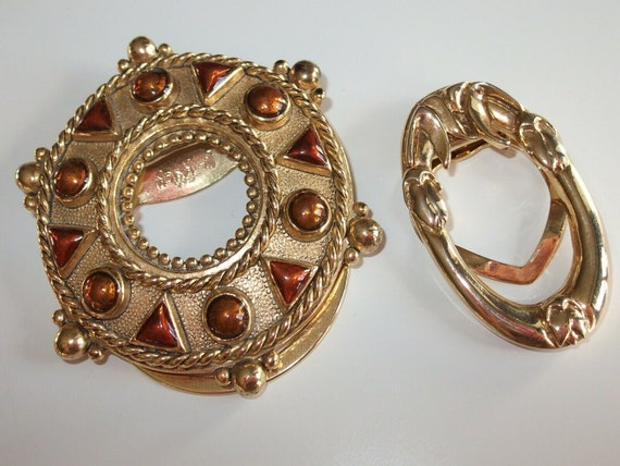 2 lovely Vintage goldtone scarf or dress clips signed