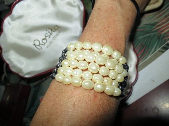 Lovely genuine black and white freshwater pearl cuff bangle