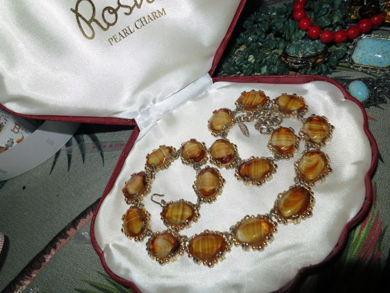"Vintage 1960s goldtone Scottish banded topaz glass necklace 19"""
