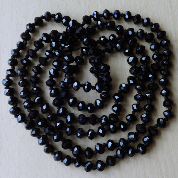 """Beautiful hand knotted 7mm faceted black glass flapper necklace 53"""""""