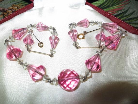 Wonderful old vintage Deco faceted pink crystal rolled gold necklace
