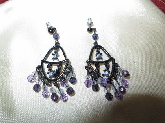 Fabulous pair of vintage lilac and blue lucite dangle earrings