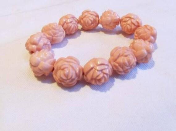 Lovely vintage hardened plastic carved pink rose bracelet