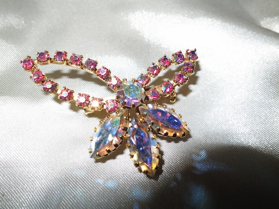 Vintage Gold Tone  Brooch With pink AB  Rhinestones