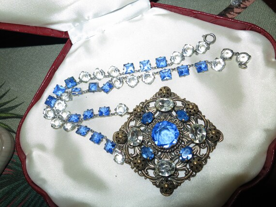 Wonderful old vintage Czech sapphire blue and clear glass ornate necklace