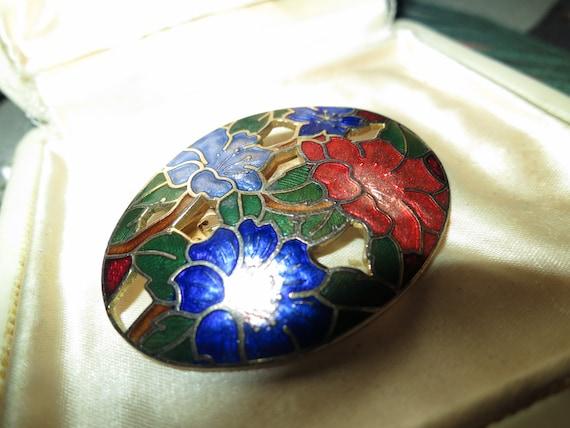 Beautiful vintage goldtone cloisonne enamel  flower brooch