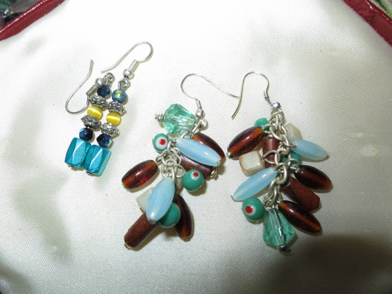 2 Lovely pairs of vintage silvertone turquoise and topaz beaded dangle earrings