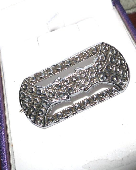 Lovely vintage 1950s Charles Horner staybrite fx marcasite brooch