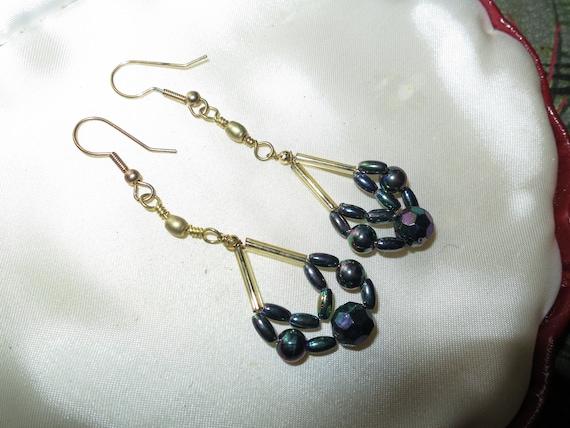 Fabulous pair of vintage goldtone fx carnival glass bead dropper earrings