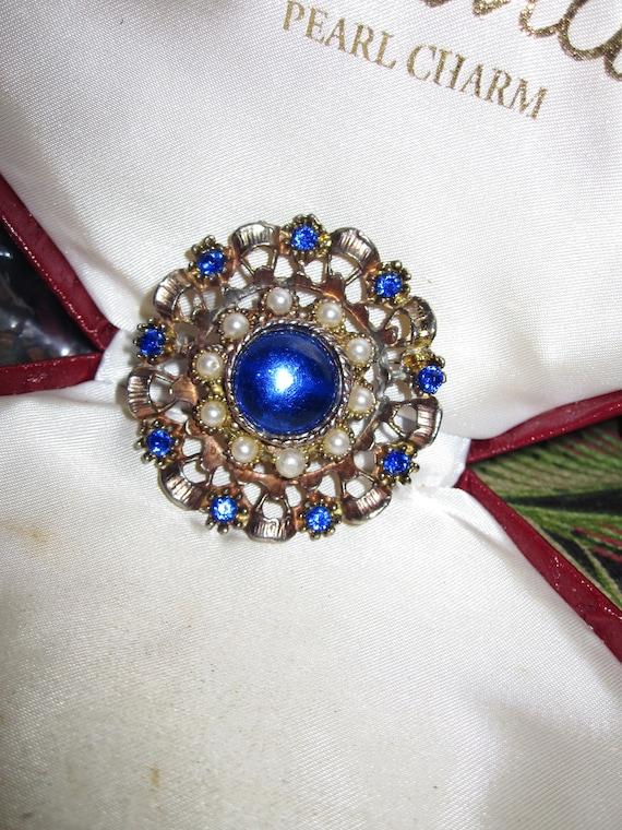 Beautiful Vintage Sapphire & Pearl Pierced Metal Floral Brooch