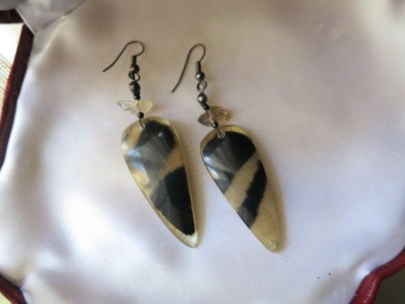Beautiful vintage fx tortoise shell drop dangle earrings