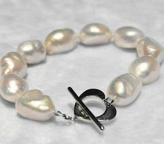 Lovely 12-13 mm cultured white freshwater  pearl  bracelet  heart toggle clasp