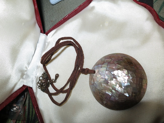 Lovely vintage brown cord neckace with mother of pearl mosaic pendant