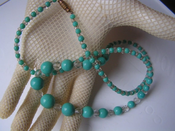 Lovely vintage turquoise and clear glass Deco necklace